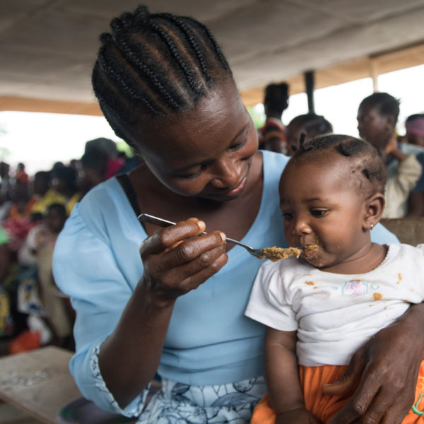 Yassa feeds her baby girl with nutritious, homemade food.